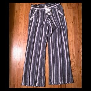 NWOT no name linen striped pants. Great for summer